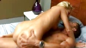 Hot stud decided to fuck pussy tonight!!